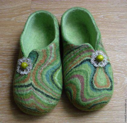 """Обувь ручной работы. Ярмарка Мастеров - ручная работа. Купить Домашние тапочки """"зеленый переполох"""". Handmade. Зеленый, шерсть 100%"""