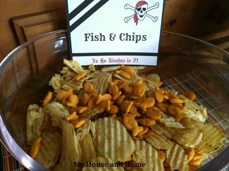 OMG cute snack for hungry little pirates!  Sourced from: My House & Home