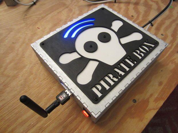 0 - 2 - PirateBox.JPG