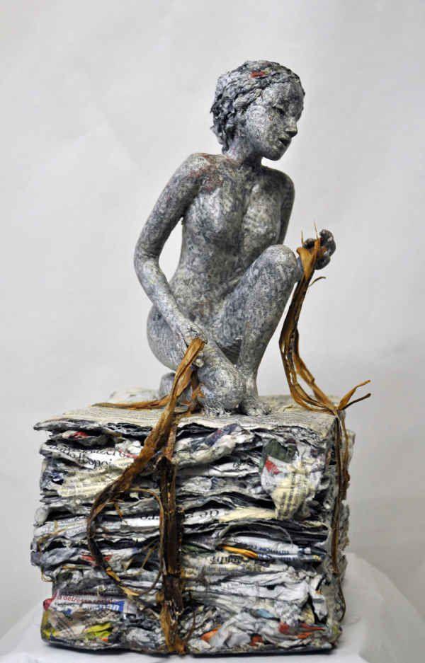 Nicole stenuit sculpture papier paper carving paper art