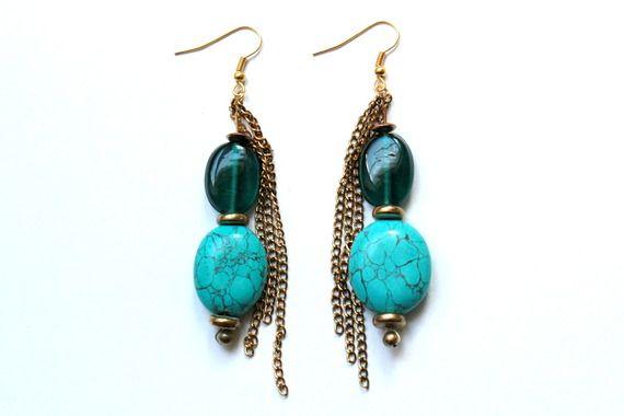 Boucles d'oreille perles turquoise, bleu et or et chaînettes dorées