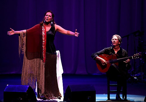 A mi tiempo, espectáculo de la cantaora Marina Heredia en la Bienal de Flamenco de Sevilla 2012. Foto: Antonio Acedo.