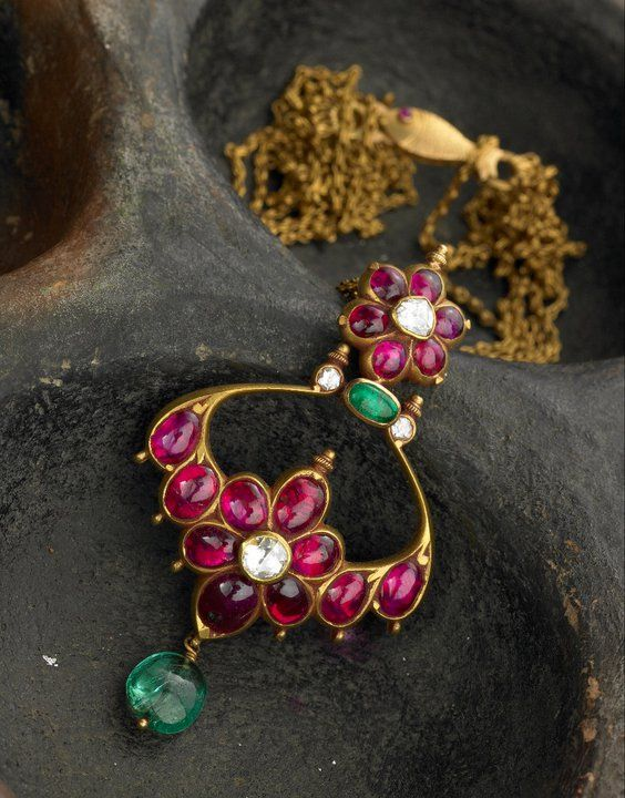 South indian cobochon ruby and ememrald pendant