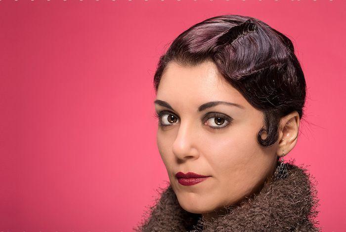 Idée Coiffure :    Description   Coiffure année 20 – le style des années folles    - #Coiffure https://madame.tn/beaute/coiffure/idee-coiffure-coiffure-annee-20-le-style-des-annees-folles-33/