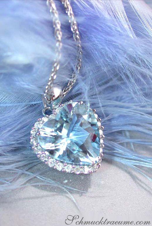Cute Aquamarine Diamond Pendant   3.14 ct.   Whitegold 14k - schmucktraeume.com
