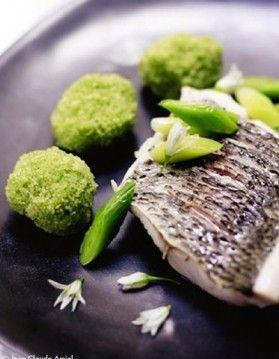 Mulet grillé, wasabi, encre de seiche  - ELLE