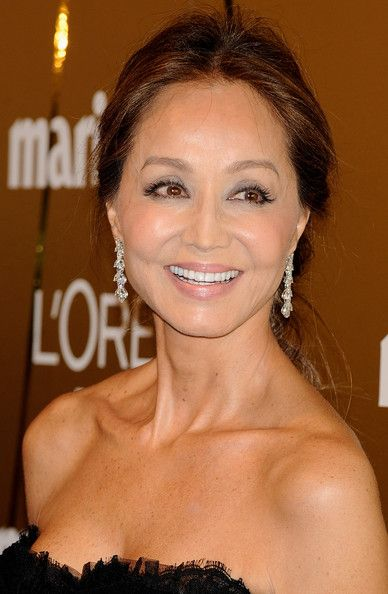 Isabel Preysler - Celebrities Attend '2009 Marie Claire Prix de la Mode' in Madrid