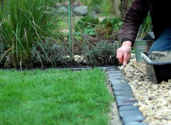 1000 id es sur le th me bordure jardin sur pinterest for Bordure de jardin special tondeuse