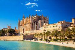 Kathedrale La Seu - Palma de Mallorca https://www.kanaren-balearen.de/balearen/mallorca/