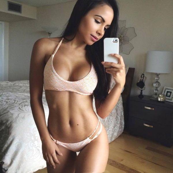 fine naked latina women