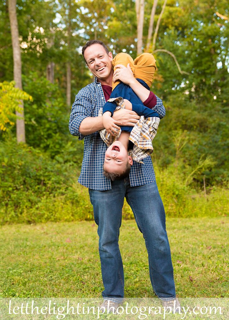 Love this pose with Father and son!  Family Portrait Photography in Warrenton VA