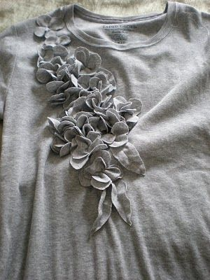 Another t-shirt upcycling.  Pretty!