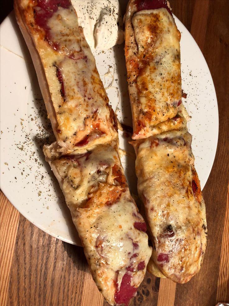 Spanische Baguettes mit Salami