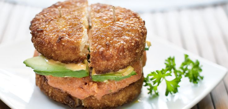 spicy tuna & crispy rice burger from YATAI in LA... must must must go and try this