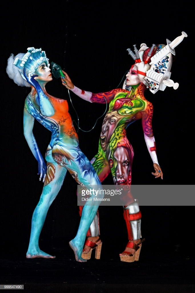 Stunning Creations At The World Bodypainting Festival Pictures Gallery World Bodypainting Festival Body Painting Festival Bodypainting