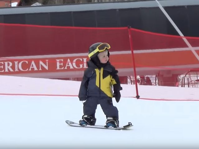 Stop everything and watch this toddler snowboard like a boss - 7NEWS Denver TheDenverChannel.com