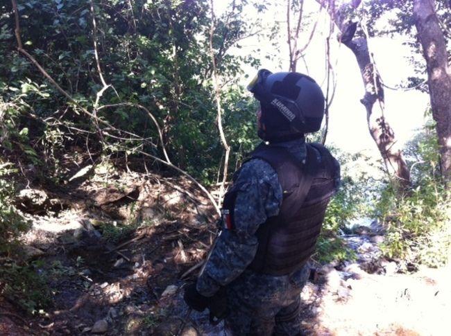 Búsqueda de #43normalistas, destapa nuevos horrores en otras comunidades de #Guerrero Mas información: http://goo.gl/QIR4oz