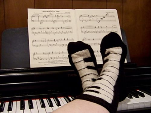 Ravelry: Pianissimo Keyboard Socks pattern by Lori Torrance -Di here are some socks we could knit!!