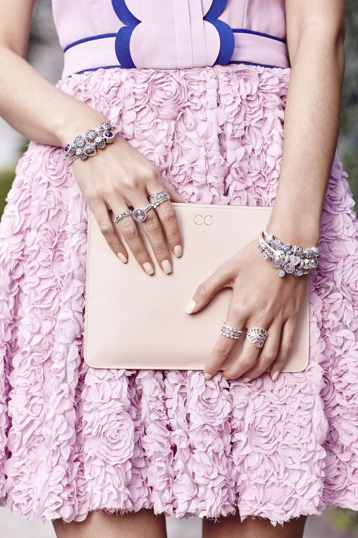 Blogger K is for Kani in fun and feminine pink floral dress and matching PANDORA bracelets and rings. #PANDORAstyle
