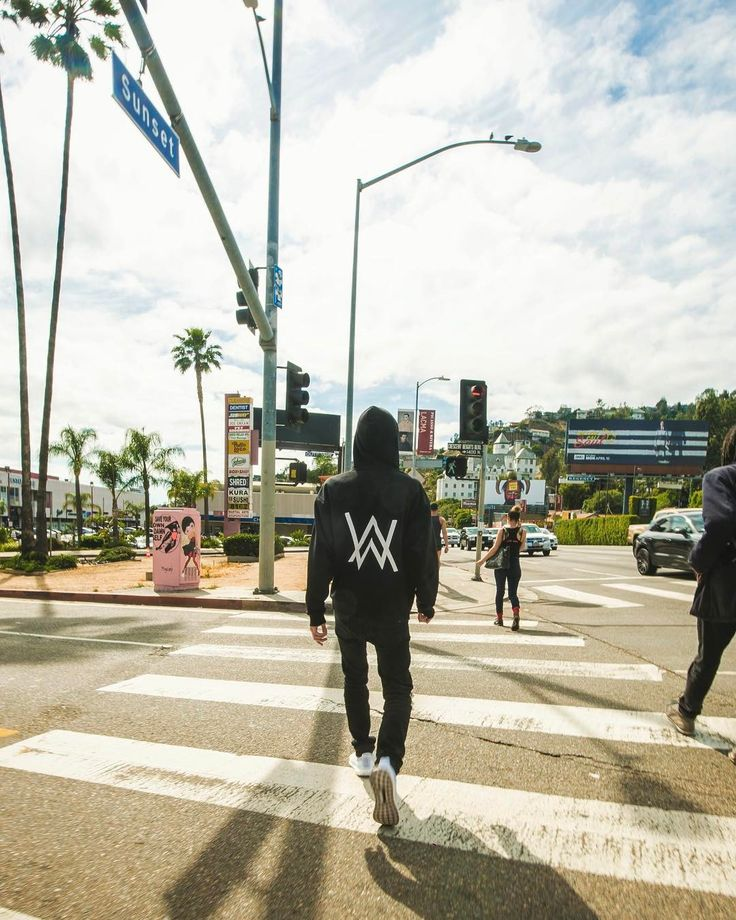 Alan Walker: el sueño del pibe millennial (CONCURSO) — POUSTA