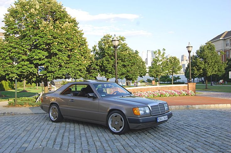 My build garage 1988 mercedes 300ce w124 coupe with amg for Mercedes benz build