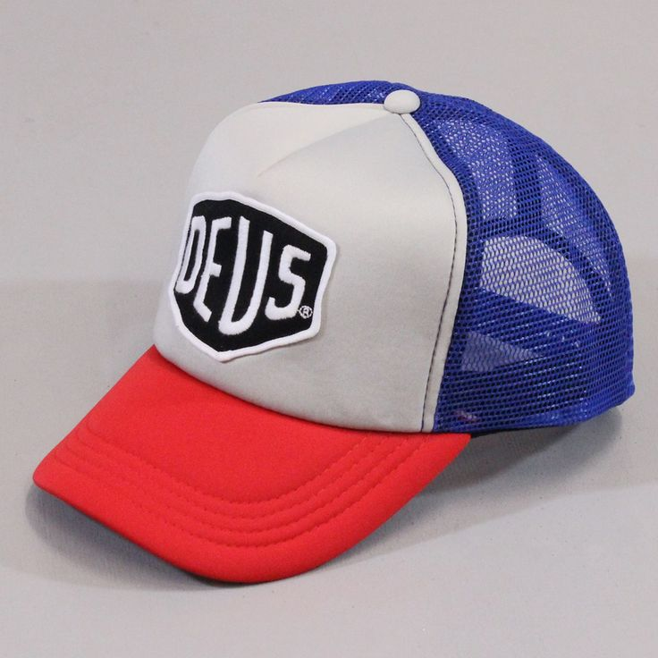 Deus Ex Machina Motorcycle Baylands Trucker Mesh Cap Red Blue £20.00