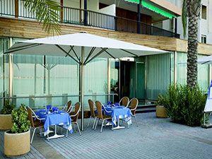 parasol inoxidable para terrazas cerca de zonas martimas evitando la corrosin del salitre en su estructura