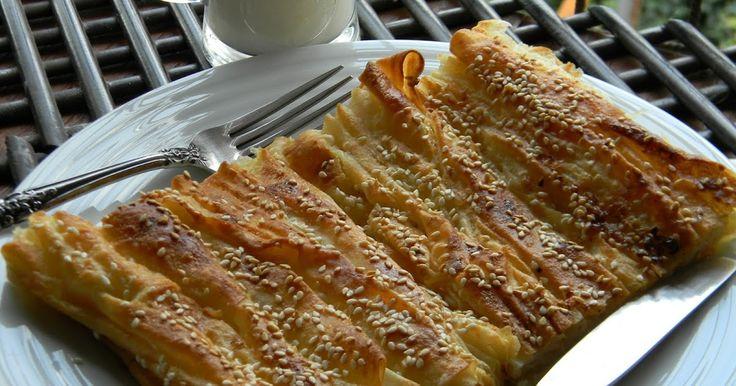visnap.blogspot.com. Merhabalar.  Bu güzel böreği annem yapardı hep kaymakla yapardı sık sık yapardı. Göçmenlerin yaptığı onların mutfak kü...