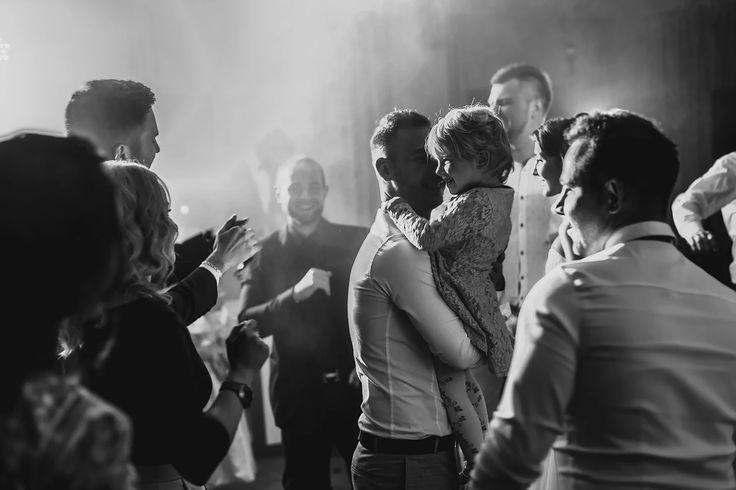 Я помогу запечатлеть самые драгоценные моменты в Вашей жизни, предоставляя фотоуслуги по всей Украине. свадебный фотограф Киев. Фотограф на свадьбу Киев