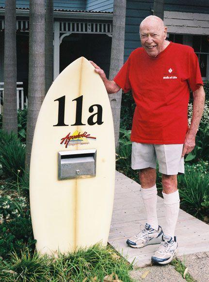 Surfboard letterbox