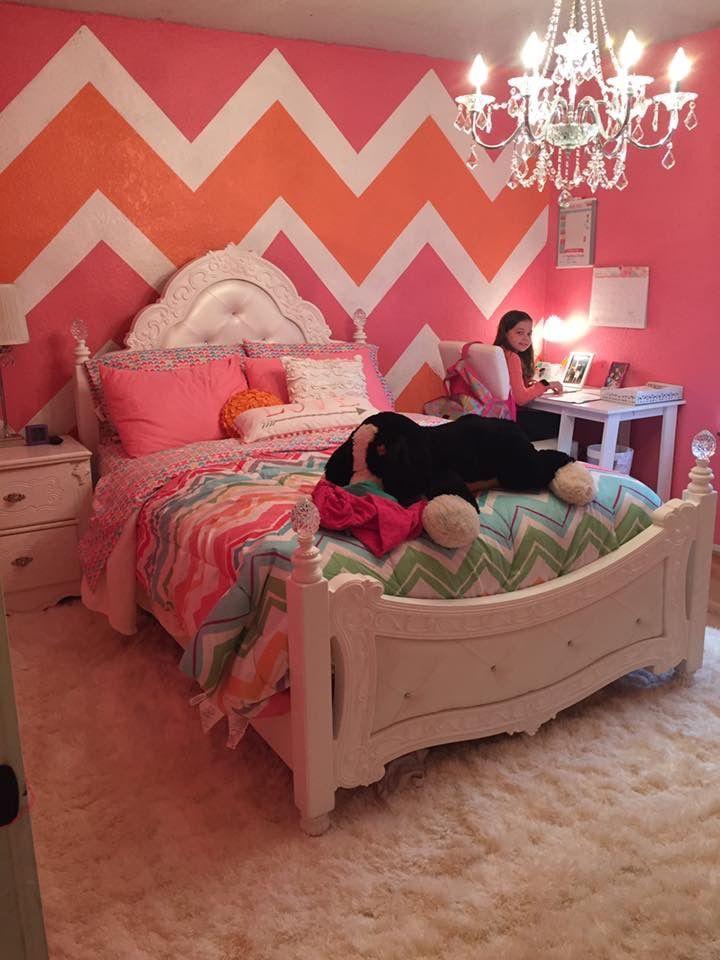 Chevron wall girls room headboard shag rug girl room ideas shabby chic orange wall