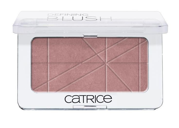Vi mostro i nuovi prodotti per il make up del viso che sono arrivati sugli stand Catrice da pochi mesi. Even Skin Tone Fondotinta Viso Effetto Uniformante -Novità- La texture cremosa dell'Even Skin...