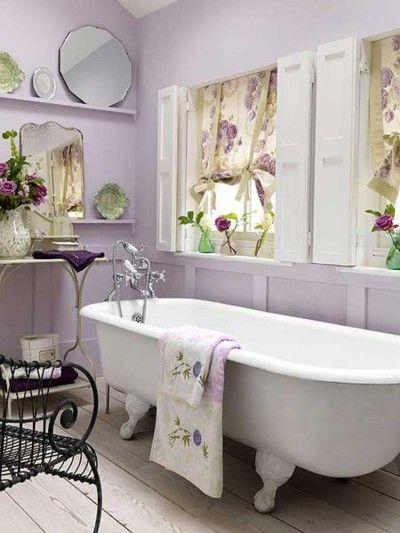 i love this lavender cottage bathroom <3