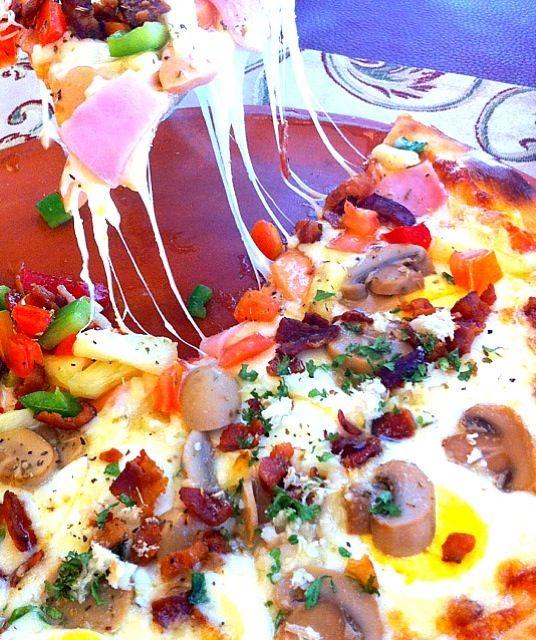 レシピとお料理がひらめくSnapDish - 7件のもぐもぐ - Pizza Cabonara vs Supreme by MoONaaE'