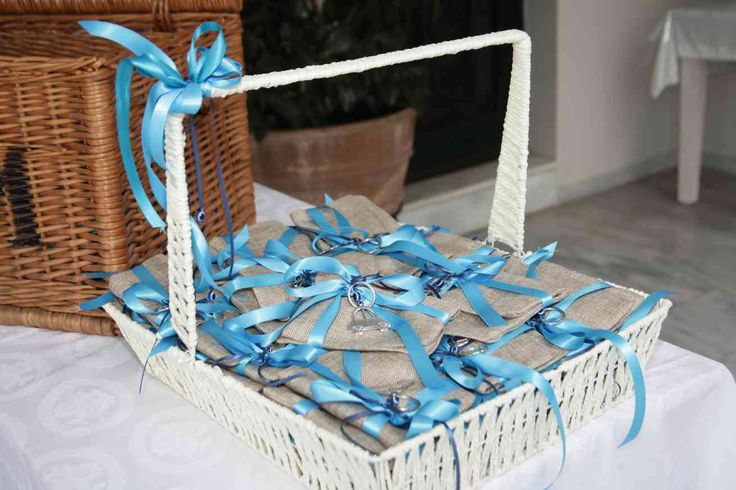 Μπομπονιέρα Γάμου & Βάπτισης μαζι με θέμα το αυτοκινητάκι