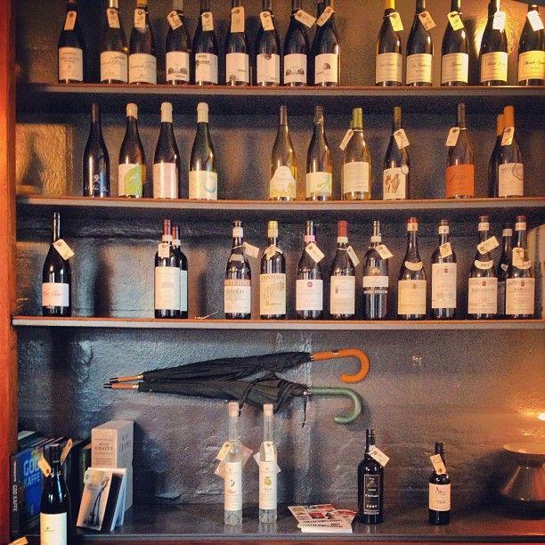 Ved Stranden 10 - Vinhandel & Bar i København K, Denmark
