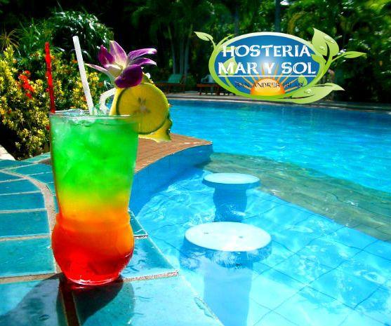 ¿Qué tal te parece disfrutar de un delicioso cóctel en nuestra #HosteríaMarySol ?  ¡Te esperamos!  #SanAndrés #Isla #Cóctel