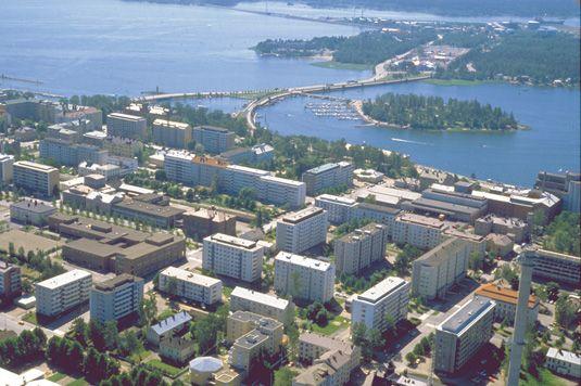 "Finland, Vaasa   Finland's ""Sunniest City"". Hello mum 'äiti', I see your house."