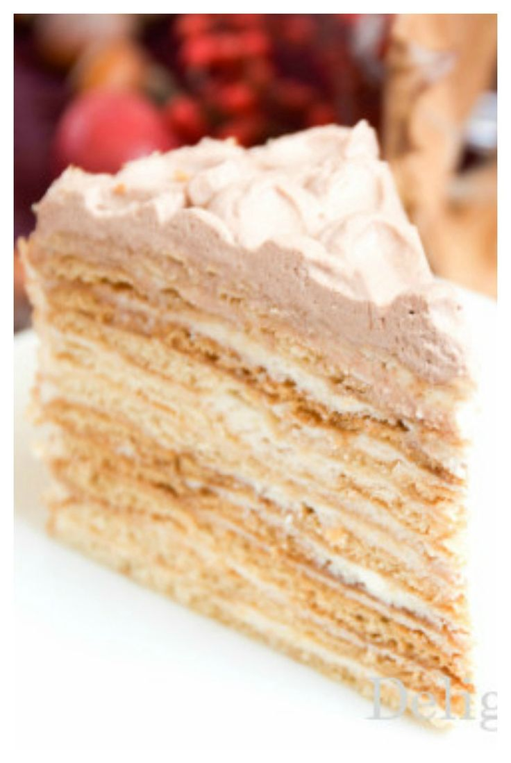 multi layered honey cake #honeycake #medovik #russiancakes #desserts