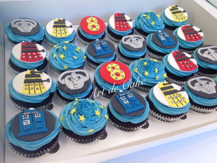 Dr Who cupcakes, tardis, daleks, cybermen cupcakes toppers by Art de Cake