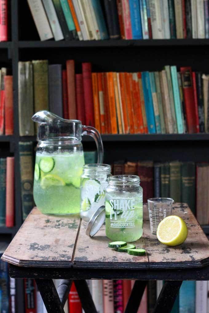 Vamos ficar bêbado na salada, não é?  Gin Tonic pepino e - adicionar puré de pepino para o seu G & T para um sabor refrescante, fresco!  |  Veggie Sobremesas Blog