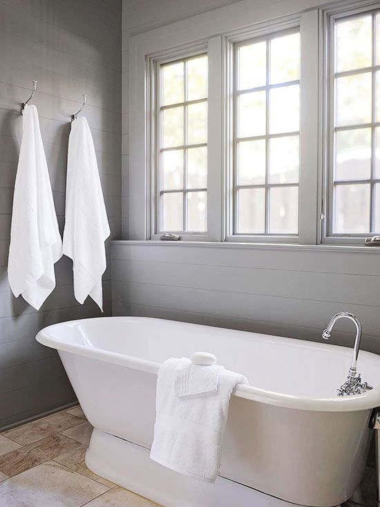 Country cottage bathroom ideas pedestal the white and for Country cottage bathroom ideas