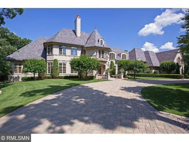 Check out the home I found in Edina