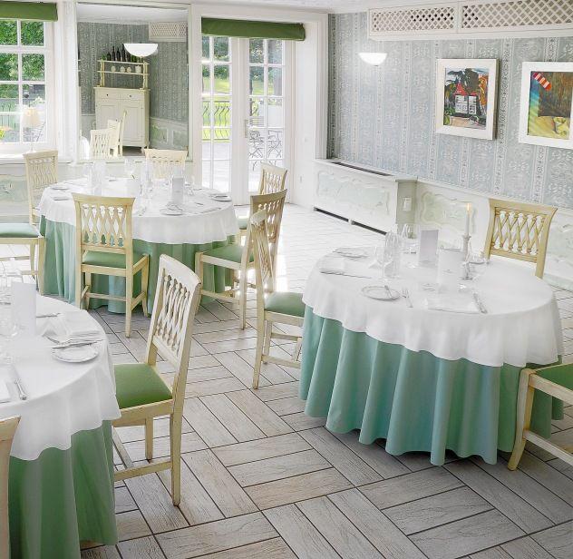 Green Room at Dwor Oliwski Restaurant, #Gdansk, #Poland