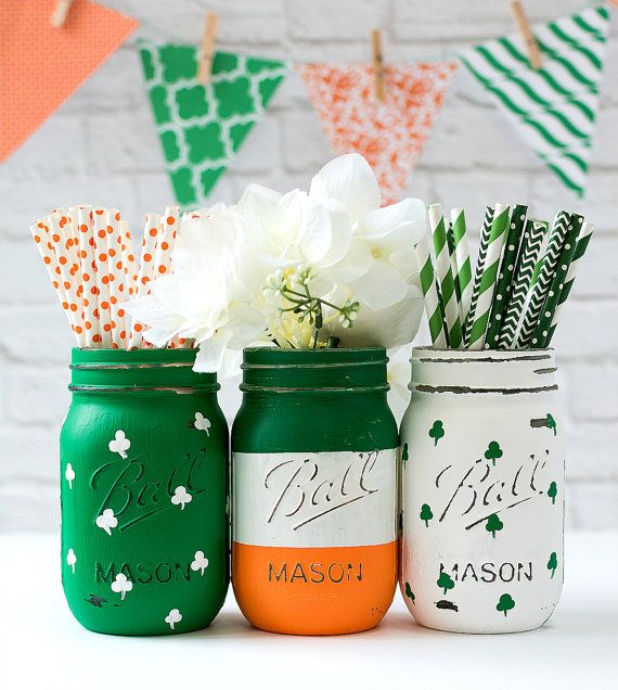 St Patricks Day Mason Jar Set - Irish Flag, Shamrock Mason Jars - Painted Distressed Mason Jar - St Patricks Party Decor