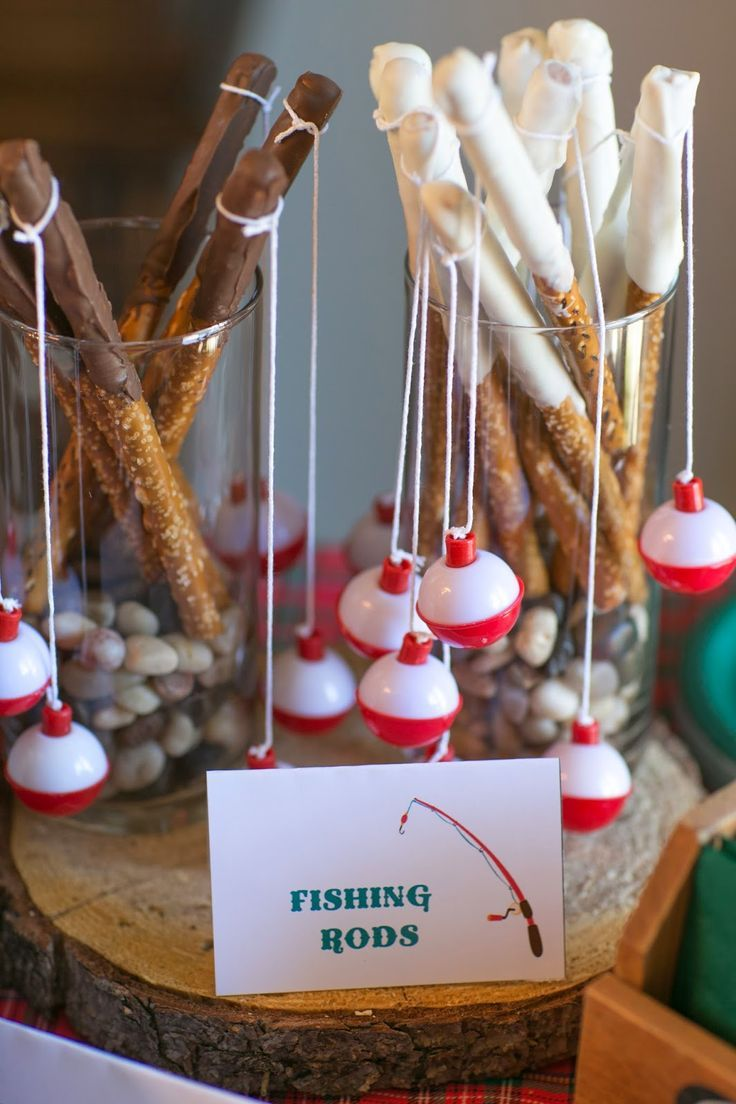 Edible fishing rods for a cute fishing themed boys birthday party!