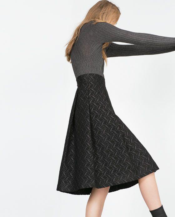 Image 4 of JACQUARD MID-LENGTH SKIRT from Zara