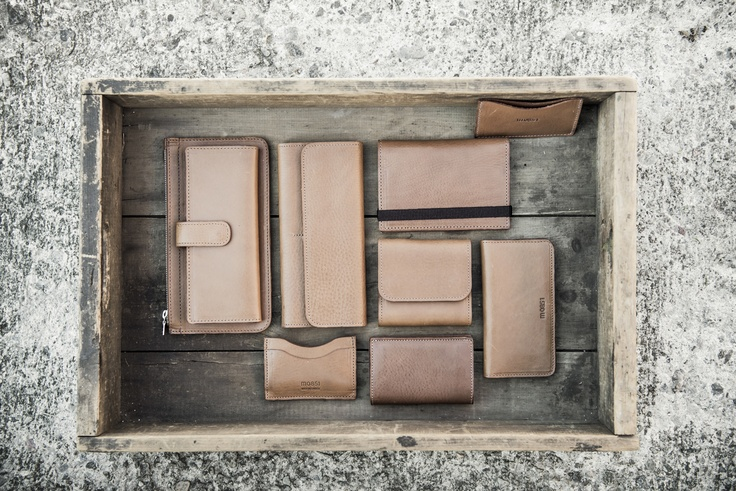 #m0851   Leather Wallet with Zipper avrch60, Leather Wallet avrwa76, Leather Card Holder avrwa55, Leather Documents Holder avrch05, Leather Wallet avrwa74, Leather Phone Cover avrch44, Leather Cards Holder avrch06, Leather Cards Holder   Spring / Summer 2013 www.m0851.com/home/