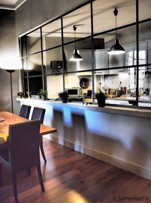 meubles blancs/vitres atelier
