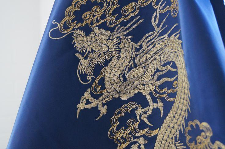 Машинная вышивка золотыми нитями. #явф вышиваем #вышивка #машиннаявышивка #дракон #китайскийдракон #embroidery #machineembroidery #dragon